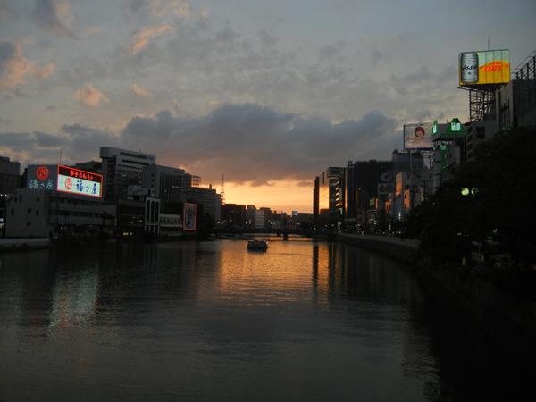 福岡・那珂川沿いの夕焼け